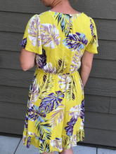 Load image into Gallery viewer, Yellow flutter sleeve dress