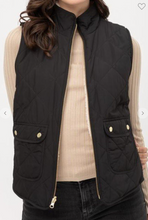 Load image into Gallery viewer, Black Reversible sherpa lined vest