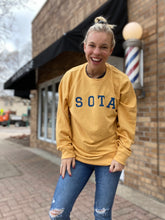 Load image into Gallery viewer, Mustard Sota crewneck