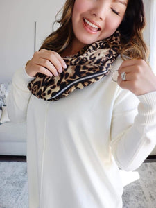 Scarf with hidden pocket - 2 prints