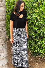 Load image into Gallery viewer, Snow Leopard Maxi Skirt