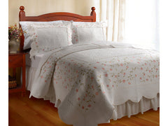 Guinevere Embroidery Quilt Set
