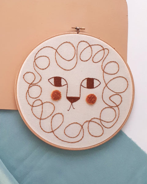 "Embroidery Hoop XL ""Leon"""