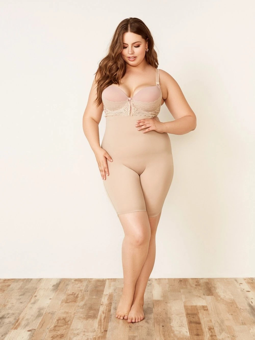Curve Shape Short w/ Silicone Lining - Youmita Lingerie