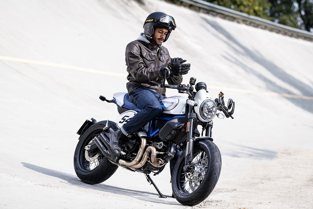 10 Best Cafe Racer Bikes In India Pictures Pricing Superbikestore