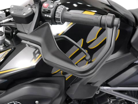 products/Evotech-BMW-R-1250-GS-Hand-Guards-014553-014556-P1240487_large_0e17392a-0f92-49ef-af72-f0a047eb3aa3.jpg