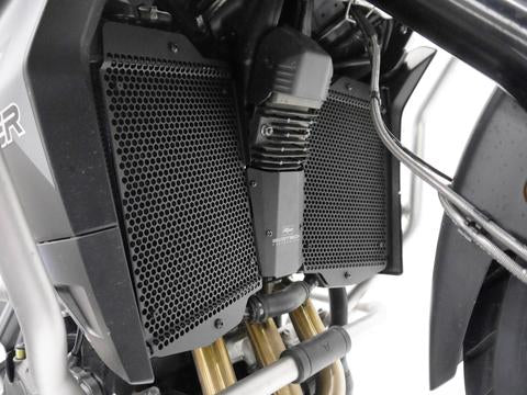 products/Evotech-Triumph-Tiger-900-Radiator-Guard-Set-014936-P1260579_large_7acc5669-b41b-4f1f-a675-819710befb68.jpg