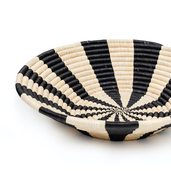 Raffia Bowl-Shaped Basket