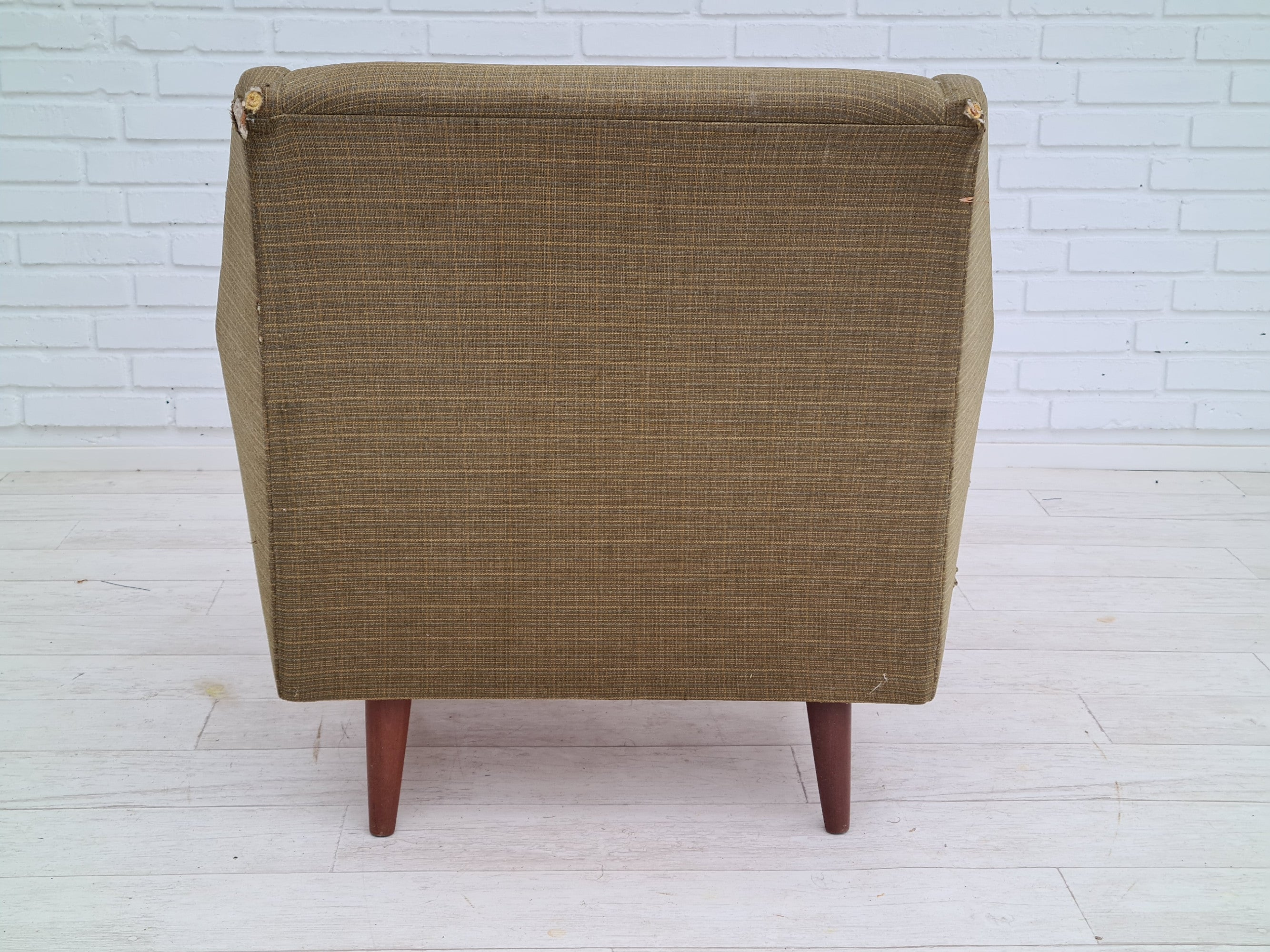 Totally renovated Danish armchair, 70s, SQUARE furniture wool