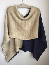 Load image into Gallery viewer, knit capelet