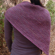 Load image into Gallery viewer, knit triangle scarf