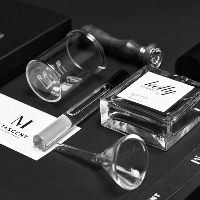 ONLINE AND IN-STORE BESPOKE PERFUME