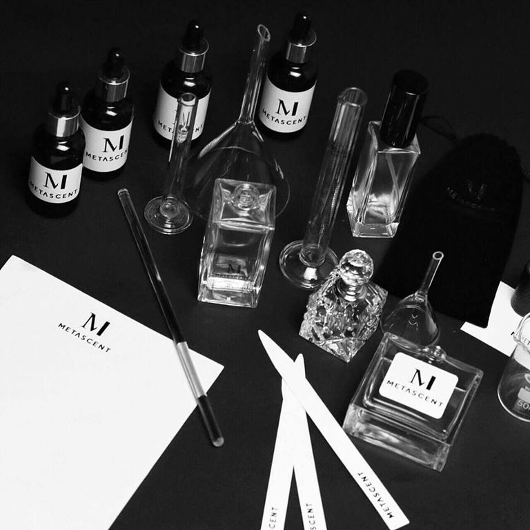 PERFUMER WORKSHOP