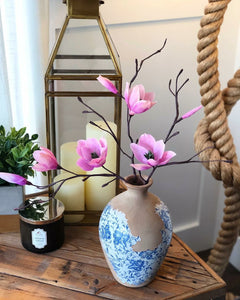 Lilly Magnolia Arrangement
