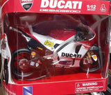 Model Bike 1:12 #29 Andrea Iannone Ducati