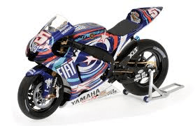 Model Bike 1:12 Minichamps #5 Colin Edwards Yamaha YZR M1 Laguna Seca 2007 - Pocketbike SA
