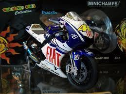Model Bike 1:12 Minichamps #46 Valentino Rossi Yamaha YZR M1 2009 - Pocketbike SA