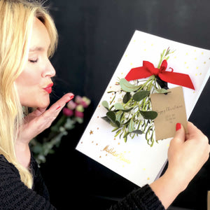 A kiss in a box | Luxury christmas cards | The Luxe Co