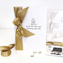 Load image into Gallery viewer, Natural Pearl and Gold Boxed Anniversary Card