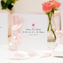 Load image into Gallery viewer, Swarovski Crystal Boxed Wedding Card - theluxeco.co.uk
