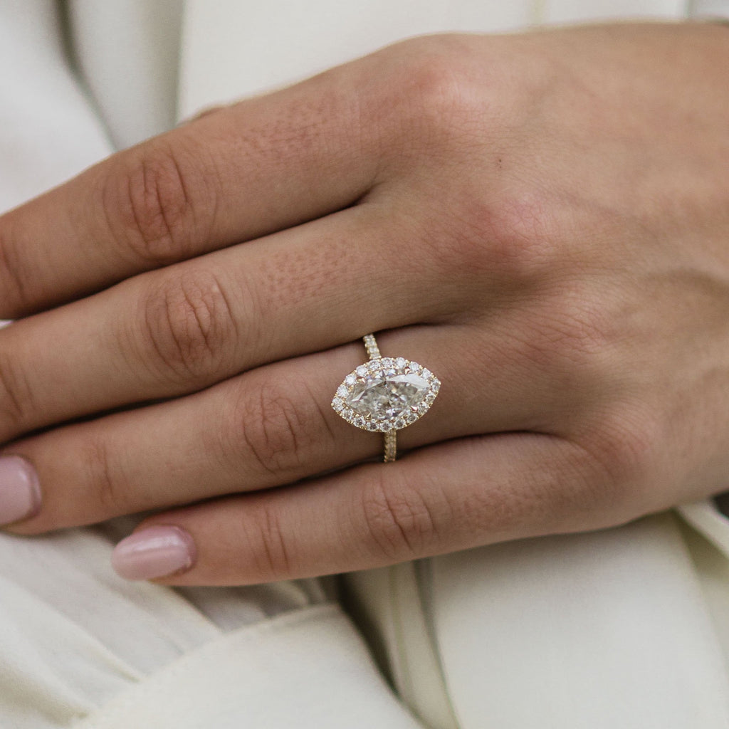 The Pearla Ring (4 Carat Center)