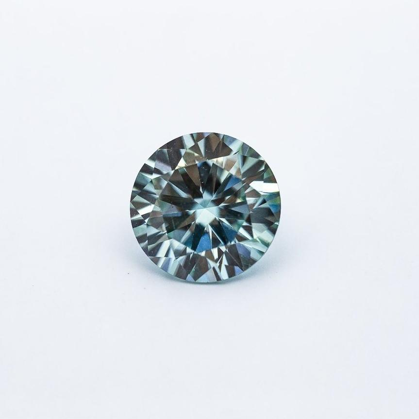2.5 Carat Light Blue/Green Brilliant Round Cut