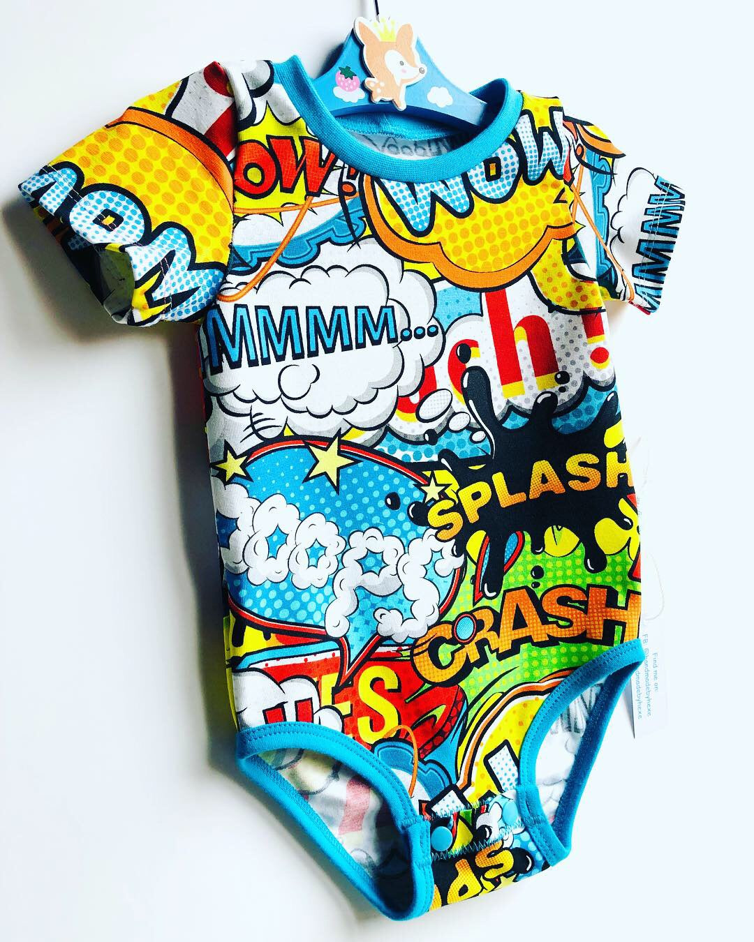 Handmade baby T-shirt/bodysuit All in 1 'WOW!' - made to order
