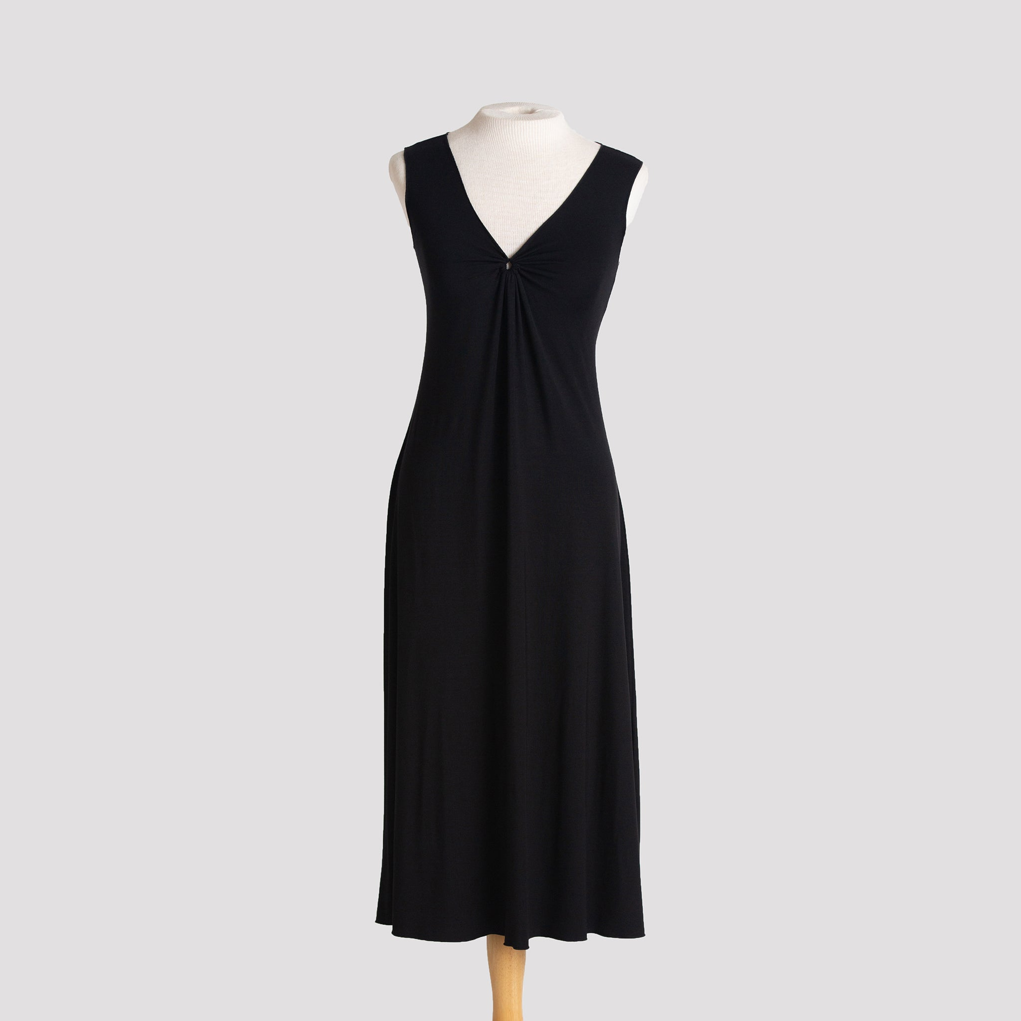 Lakshmi Midi Dress in Black
