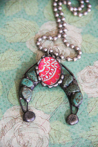 Turquoise Naja With Pink Necklace