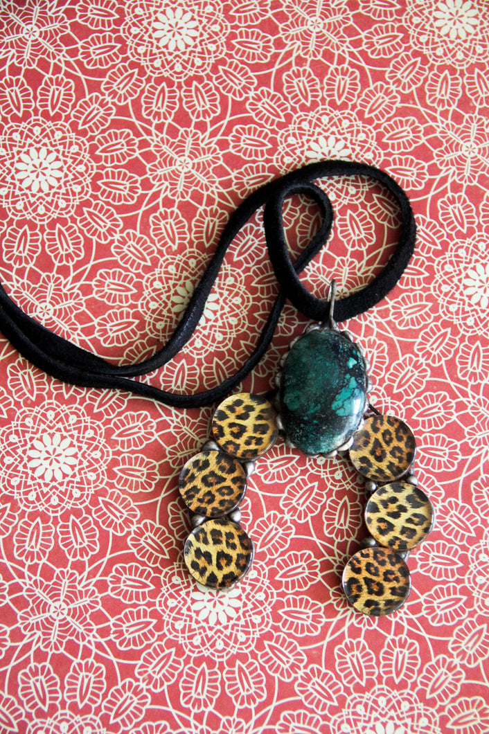 The Trendy Naja With Leopard and Turquoise Necklace