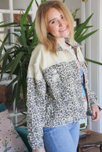 Load image into Gallery viewer, Animal Print Craze Jacket