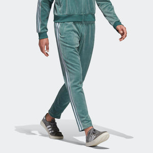 Mens Adidas Originals Cozy Velour Sweatpants Track Pants In Vapour Steel Green - Simons Sportswear