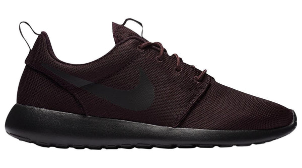 newest 34719 5bcc0 Mens Nike Roshe Run Running Shoe In Black