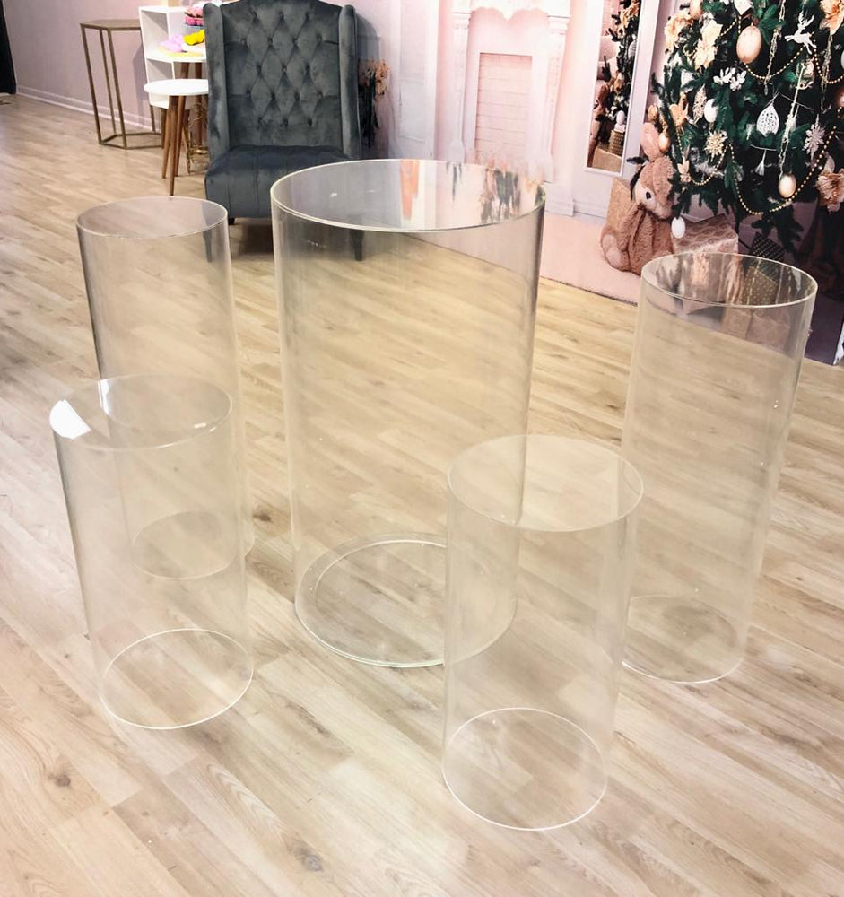 Clear Round Acrylic Plinths (3 sizes) - For Rent