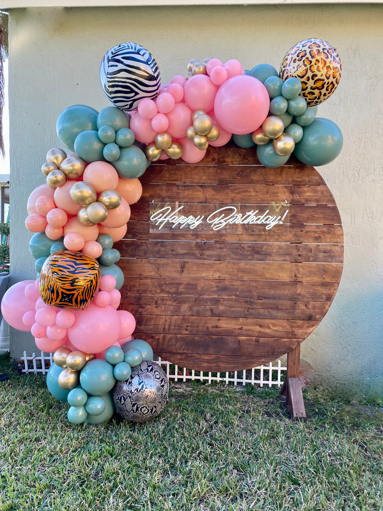 6Ft Rustic Round Backdrop - For Rent