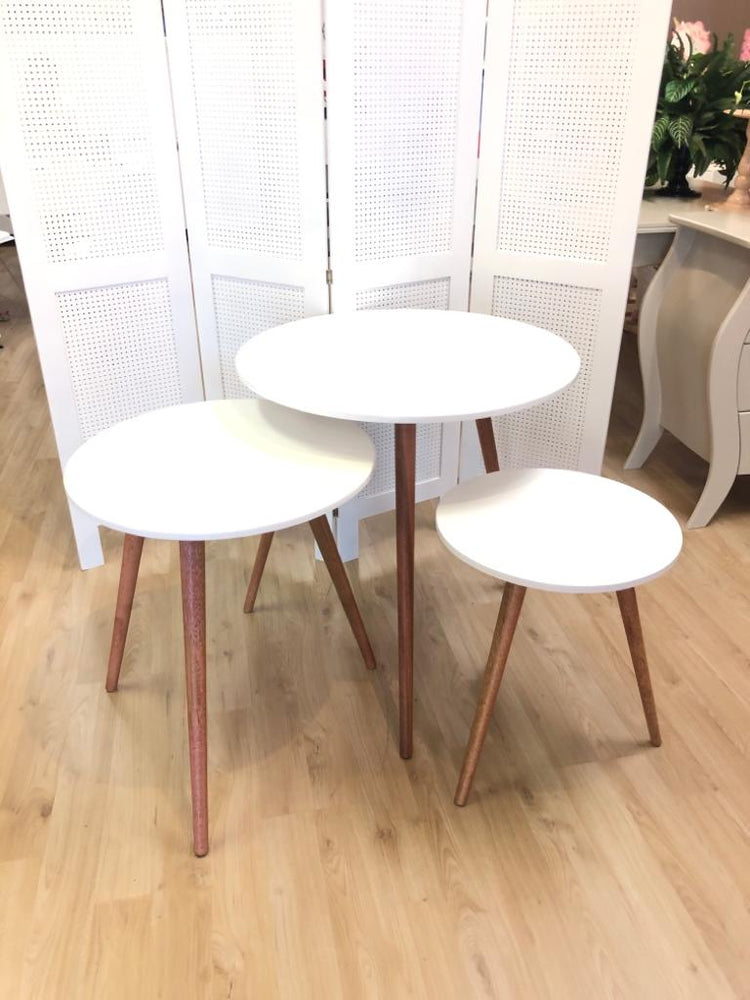 White Round Nesting Tables ( 3 sizes) - For Rent