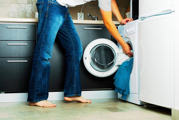 11 Causes of Brown Spots In Laundry