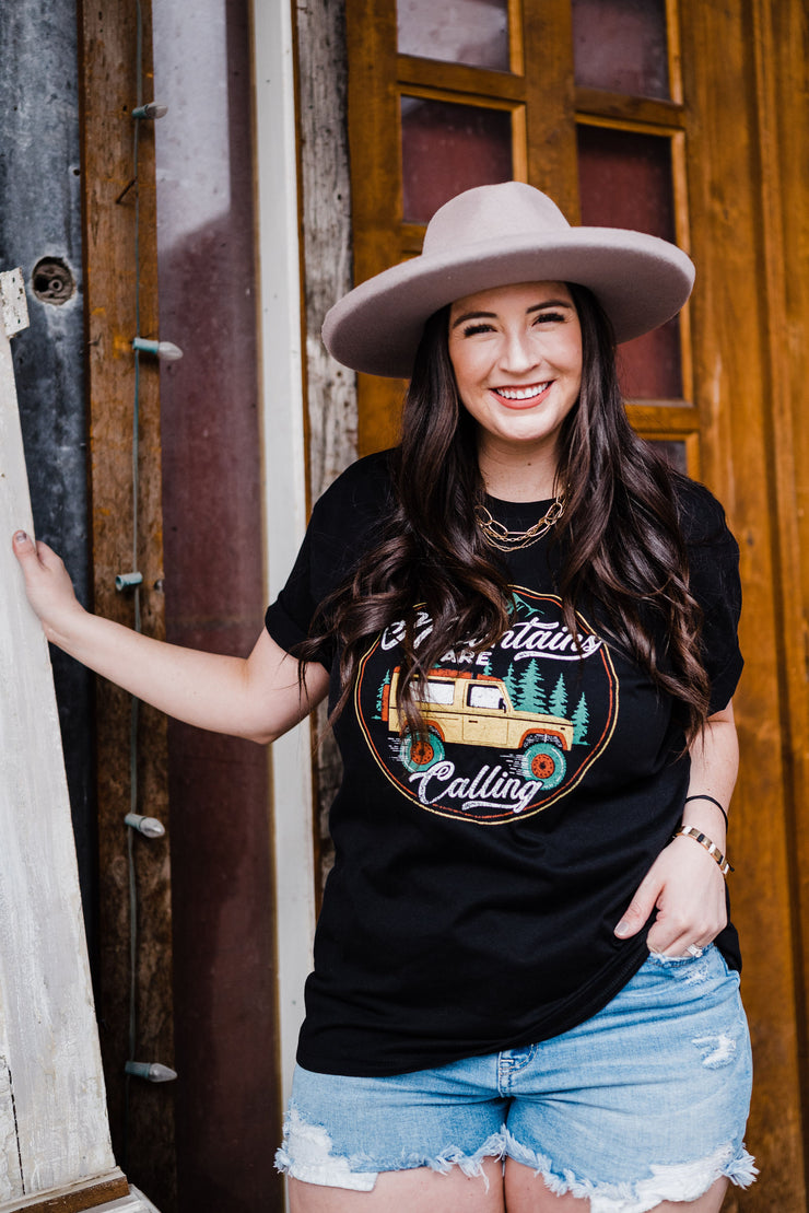 Mountain Adventure Boyfriend Tee