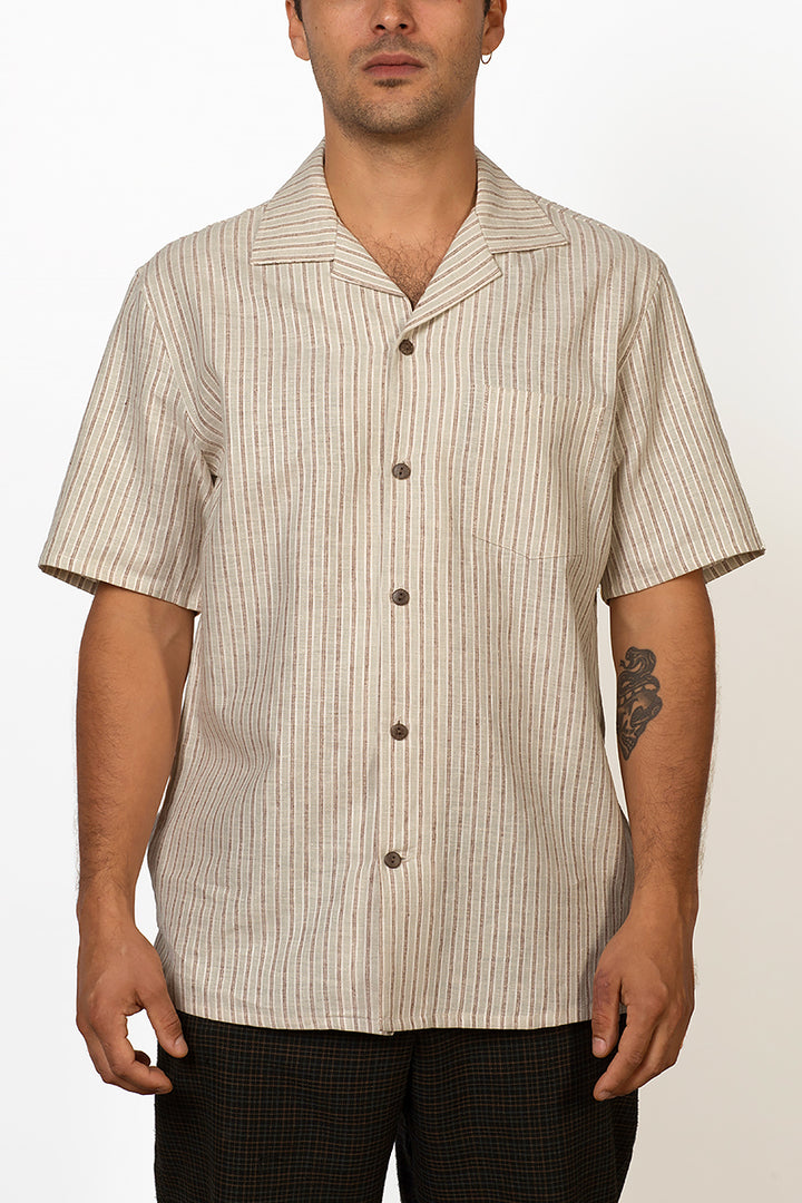 Monsoon hemp and organic cotton short sleeve shirt with coconut buttons male front