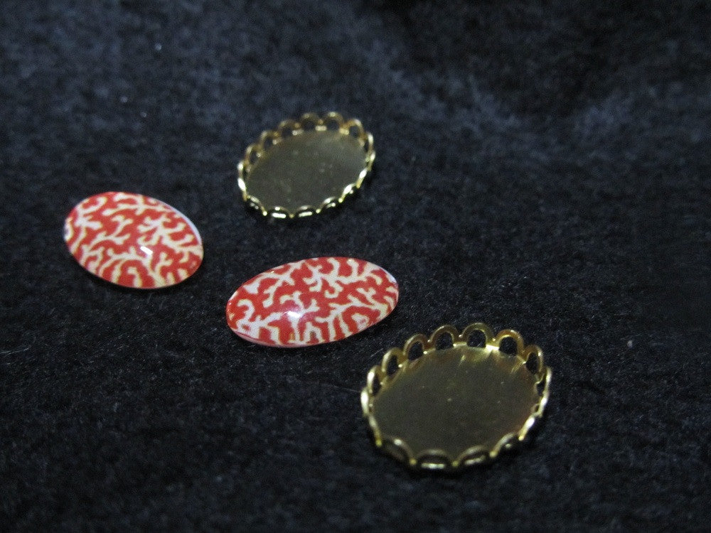 18 x 13mm tempered glass cabochon, red pattern