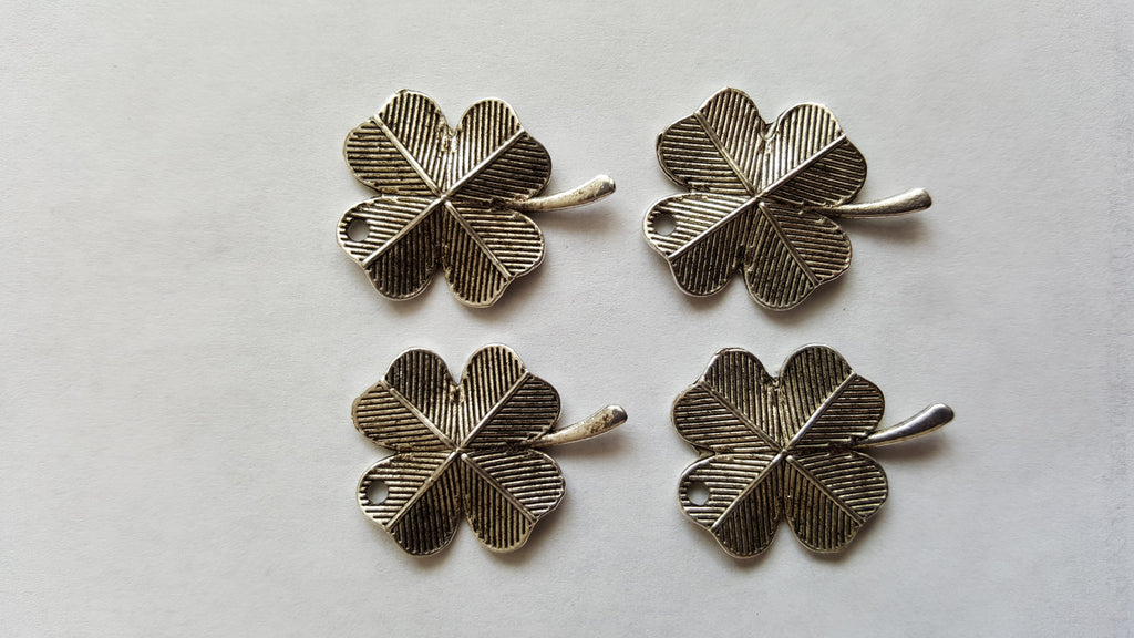 Antique Silver Shamrock / Clover Charms