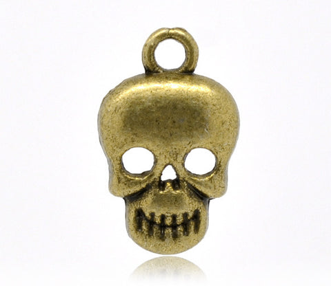 17 x 10mm Antiqued bronze skull charm