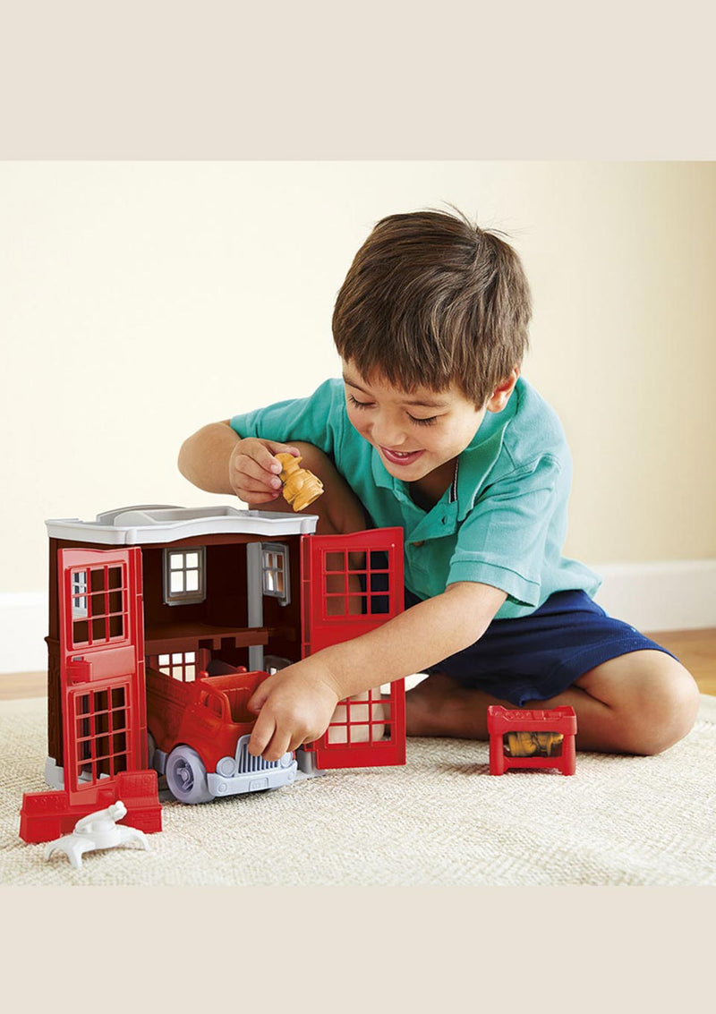Green Toys Feuerwache Spielset - tiny-boon.com