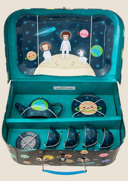 "Sass & Belle Picknickkoffer Teeservice Set ""Space Explorer"" - tiny-boon.com"