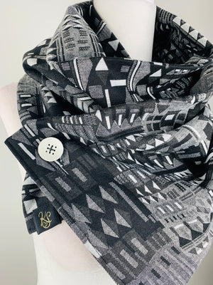 Wanda Black/Gray/White Versatile One Button Scarf