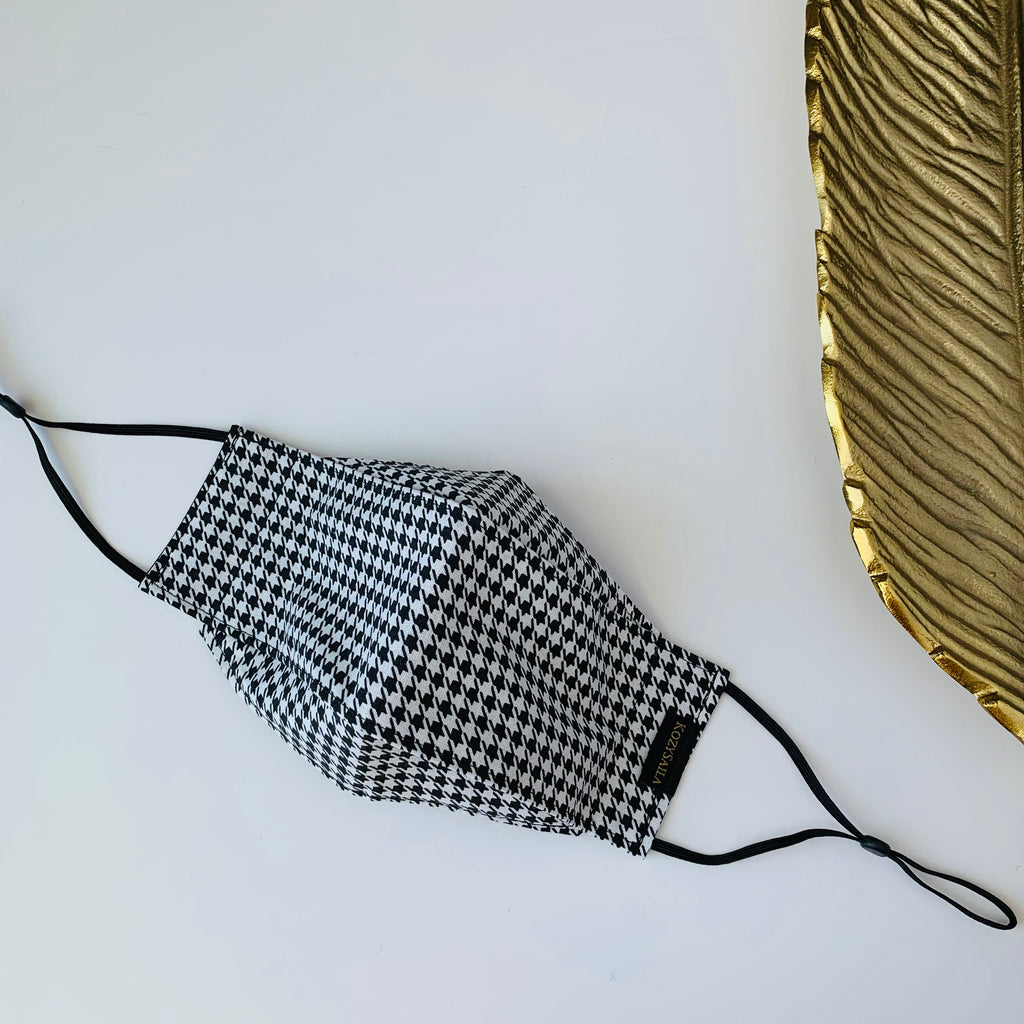 KozySaila | Claudia Pop Up Mask | Black White Houndstooth