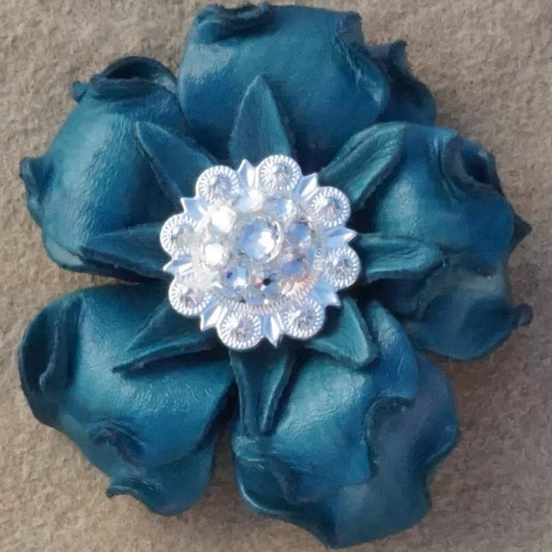 "Flowers Fringe & More Turquoise Gardenia Flower With Bright Silver Clear 1"" Concho FL2TQBSCL"