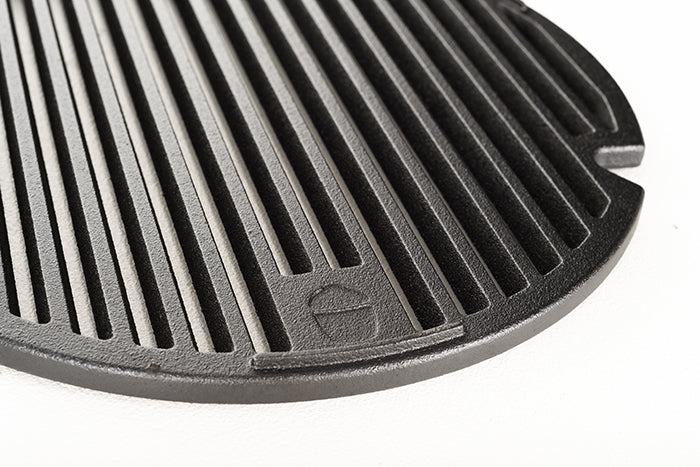 Close-up of the Kamado Joe® Sear Plate
