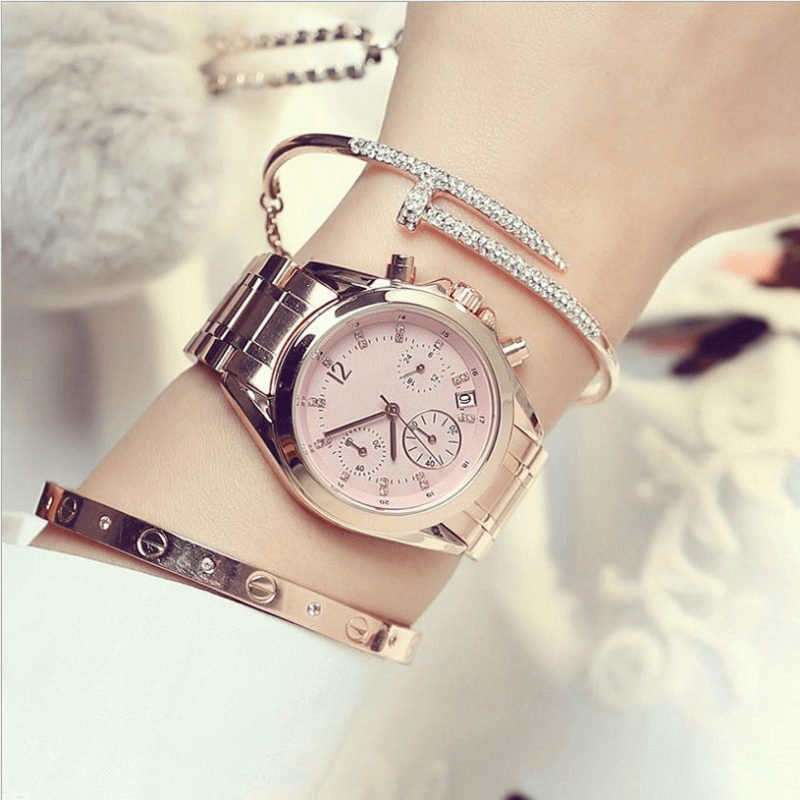 Bulky-Women-Watch-On-Wrist