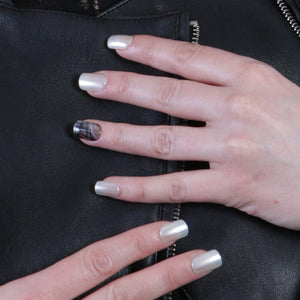 Pearly Marble Press-on Nails